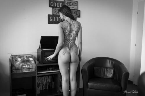 en écoutant King Crimson Bernard Delhalle Auteur Photographe Nus Artistique